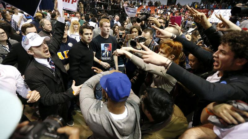 Violence+Erupts+at+Chicago+Trump+Rally